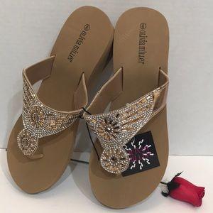 Olivia Miller Women's Thong Sandals Size 9 New